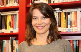 Trude Rønnestad er skjønnlitterær redaktør i Gyldendal Norsk Forlag.