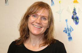 Ann Merethe Eikanger er faglærer i design, kunst og håndverk på Kirkens Bymisjon.