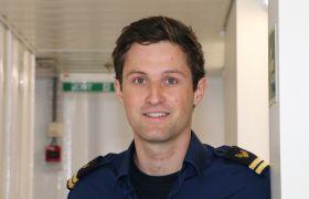 Mathias Halvorsen er elektriker om bord på en cruiseferge.