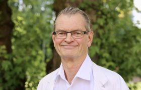 Portrettfoto av kardiolog Jan Hysing