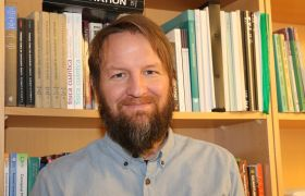 Jostein Riiser Kristiansen på kontoret på OsloMet.