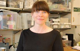 Karianne Barstad jobber som rekvisitør på Trøndelag Teater.