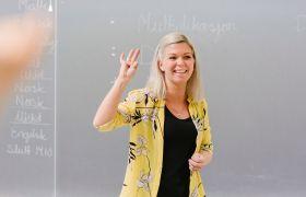Lærer i et klasserom.