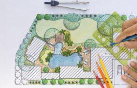 Landskapsarkitekt tegner skisse