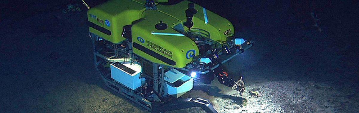 Fu-operatør styrer undervannsfarkoster