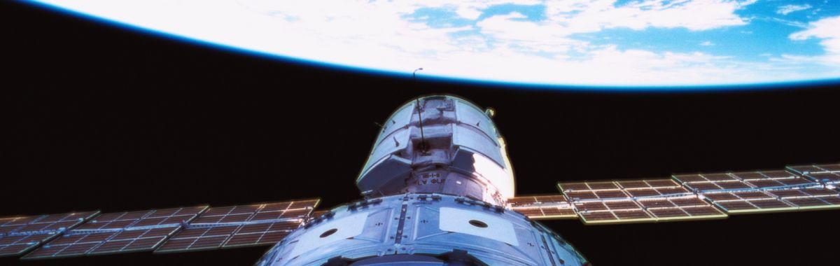 Satellitteknologi.