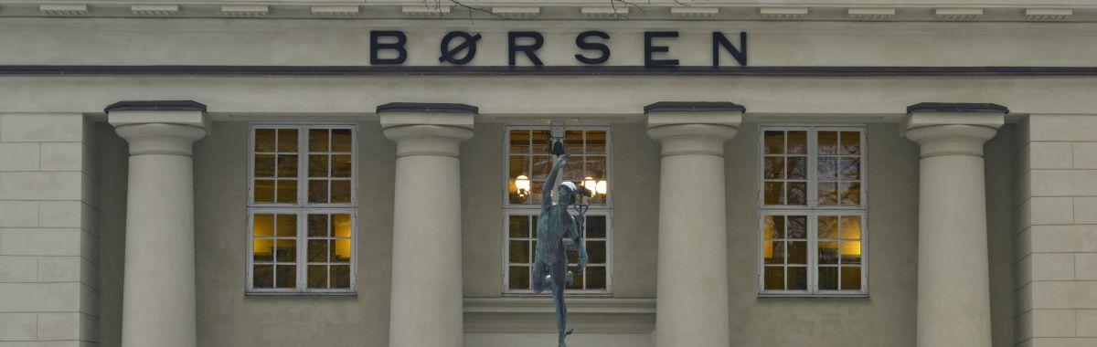 Fasaden av Oslo Børs.