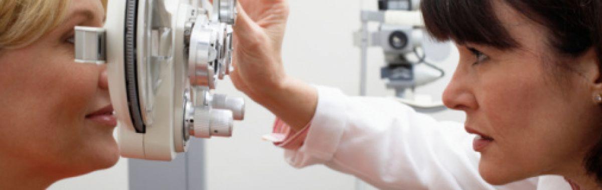 Ortoptist med pasient