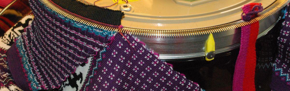 Arbeid med strikkemaskin